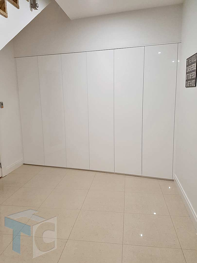 wardrobe built-in white smooth 08