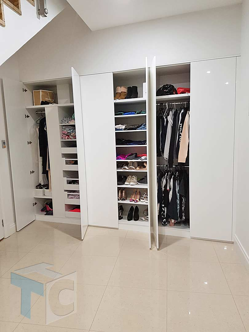 wardrobe built-in white with various storage 09