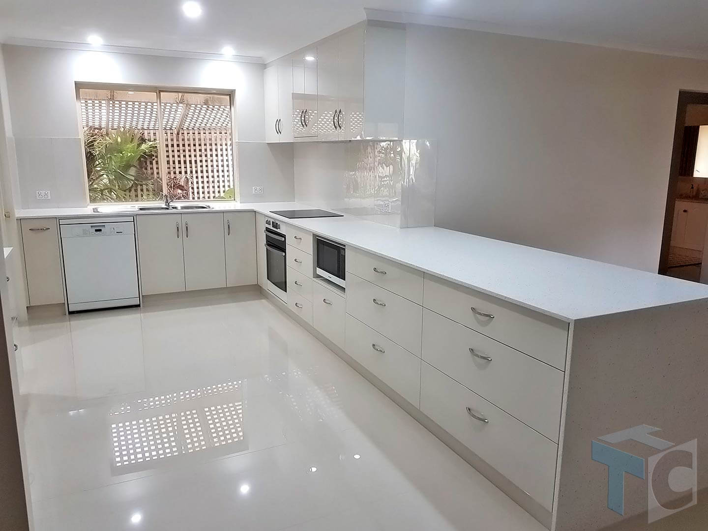 gumeracha-kitchen-open-area